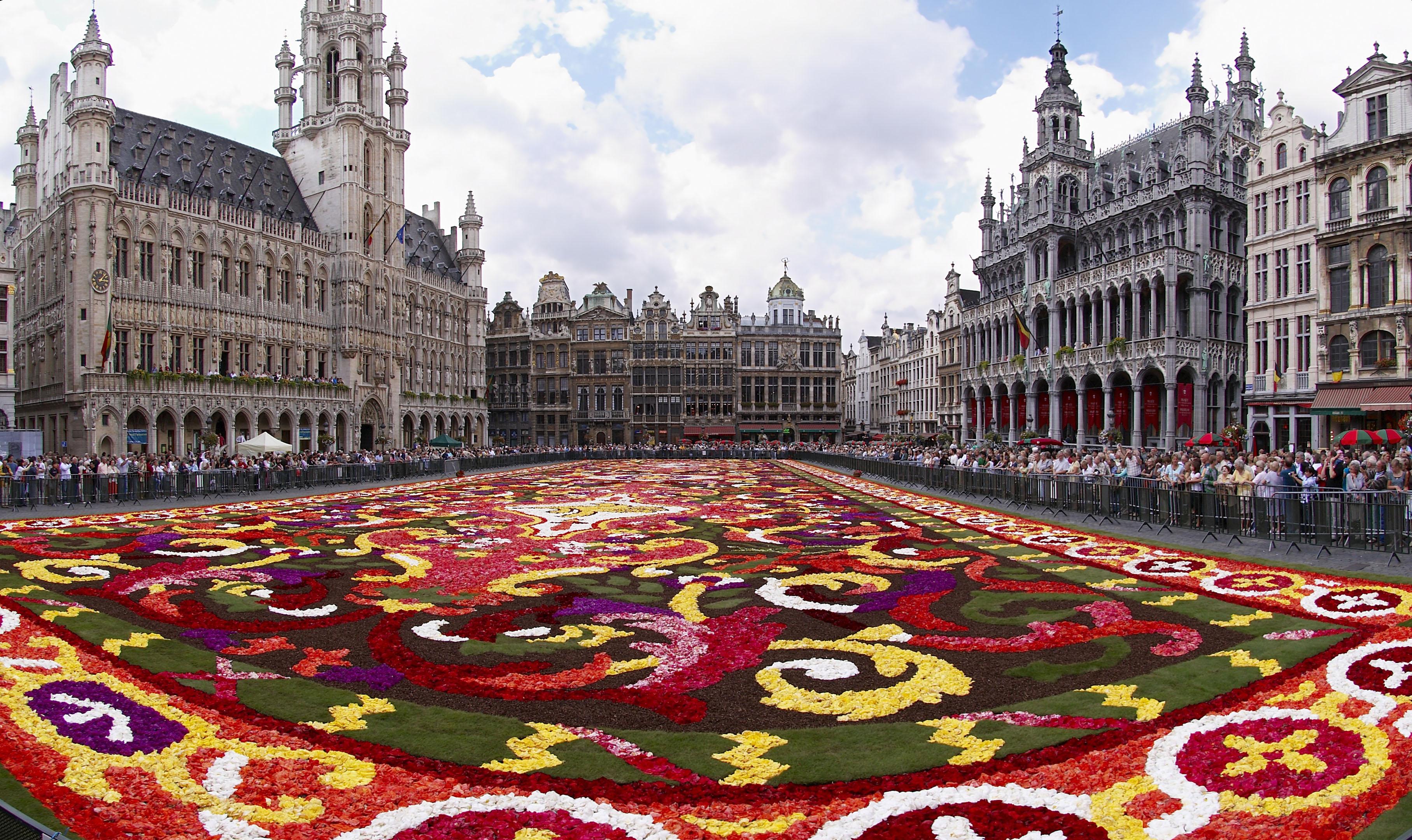 Pigios atostogos į Briuselį 2015 m.