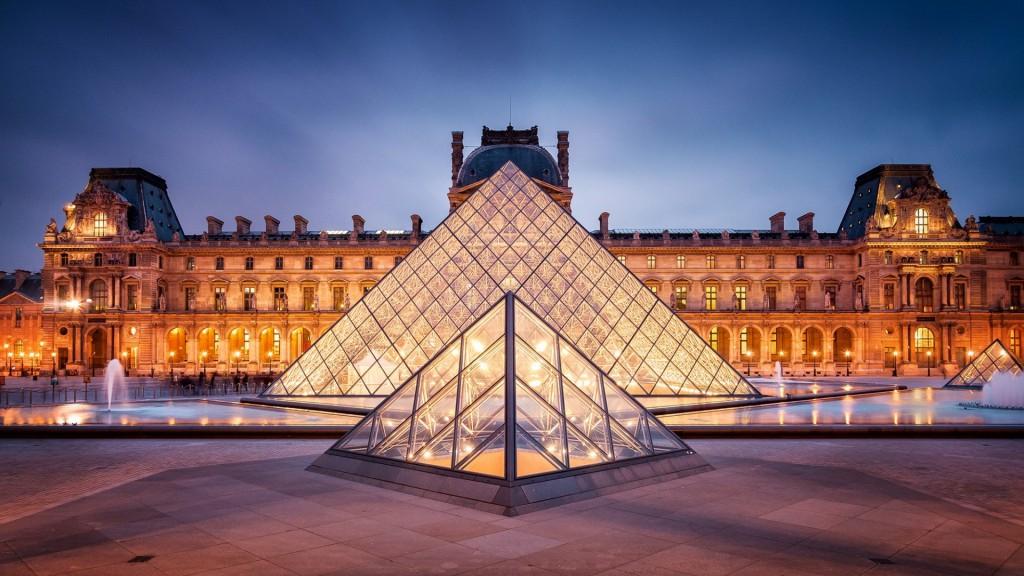 Ką aplankyti Paryžiuje. Luvro muziejus