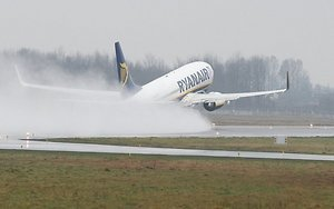 Lėktuvų bilietų išpardavimas