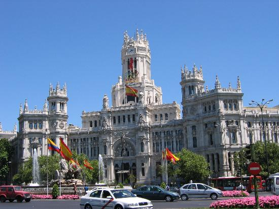 Pigūs lėktuvų bilietai į Madridą