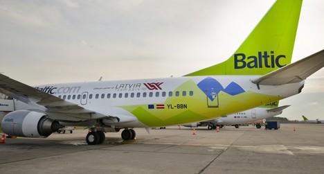 airBaltic lėktuvo bilietų išpardavimas