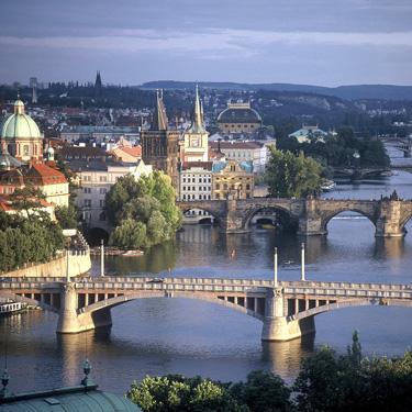Pigūs lėktuvų bilietai į Prahą